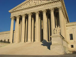 320px-US_Supreme_Court_Building