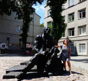 The author with a statue of Isaac Babel in Odessa. (Talia Lavin)