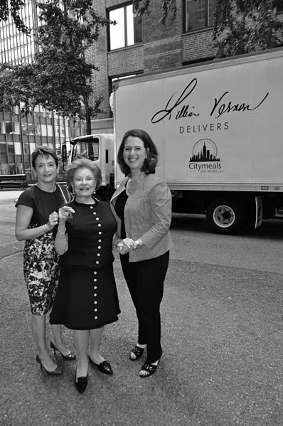 Lillian Vernon donates a refrigerated truck to the charity Citymeals-on-Wheels.